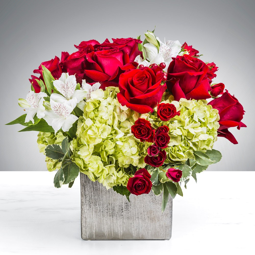 Express Flowers Delivery With OyeGifts In Delhi