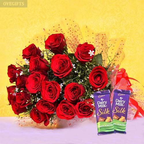 Red Blooms With Chocolaty Treats - OyeGifts